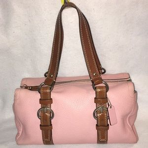 Coach Chelsea Pink Peddled Leather F10887 👜